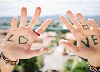 How to make friendship bracelets